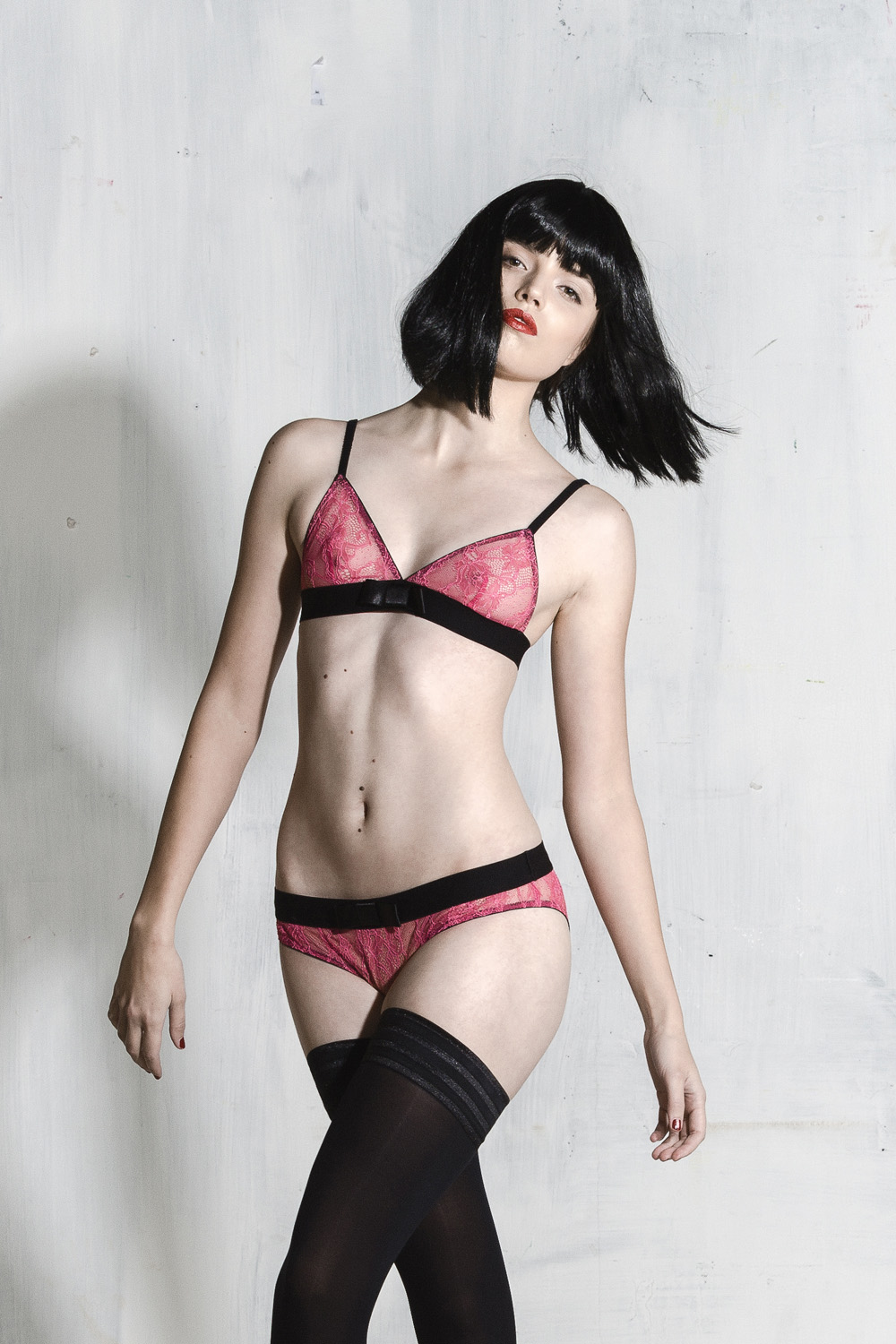 Kriss Soonik Silvia Lace Bra - Shocking Pink